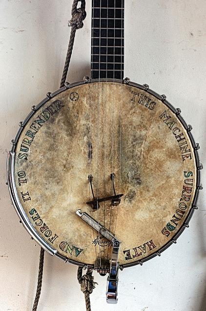 peace banjo